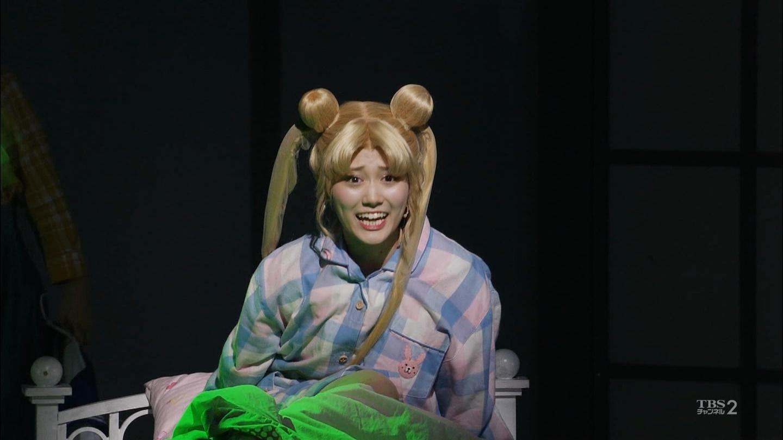 【悲報】乃木坂新エース山下美月さんのセーラームーンコスプレがお笑い芸人のキンタロー。と酷似していると話題にwwwwwwwwwww