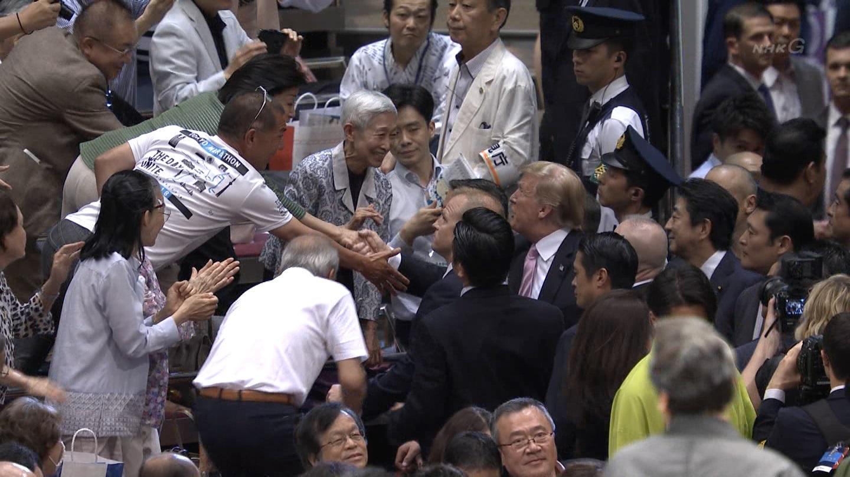 金美齢さん、桜井よしこさんがトランプ大統領に駆け寄り握手  [404751488]YouTube動画>6本 ->画像>103枚